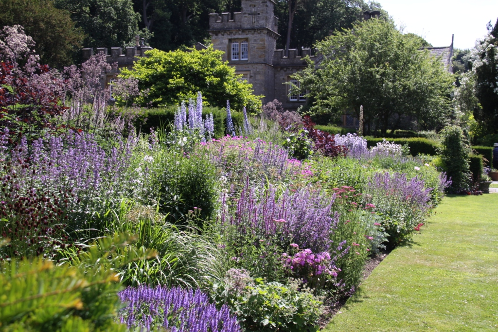 Gresgarth garden visitor for Garden design planting schemes